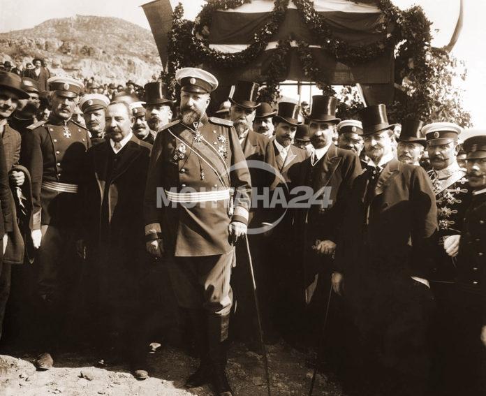 Н.В. Цар Фердиднанд обявява независимостта на България