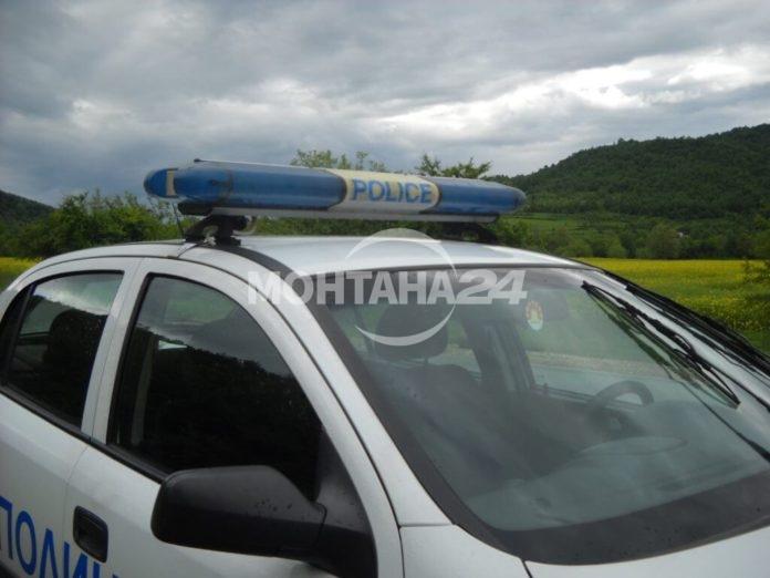 Биха полицай по време на служба в Лом