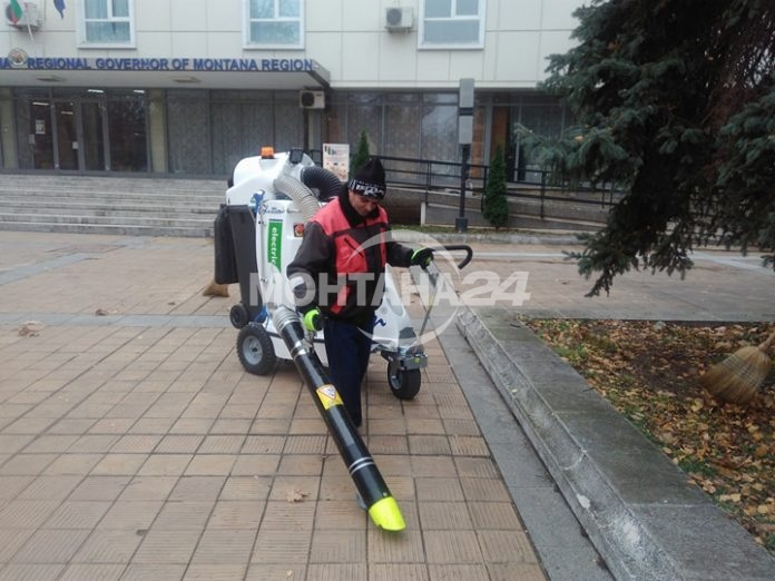 Робот чисти улиците на Монтана