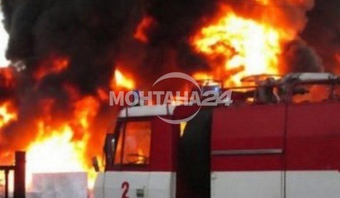 Сигнал за горящи газови бутилки в град Вършец е подаден около 7.40 часа тази сутрин. Незабавно от хотела са евакуирани всички хора.
