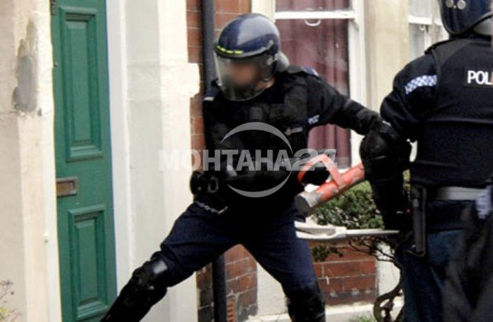 Полиция и жандармерия направиха обиск на къщи във Вълчедръм