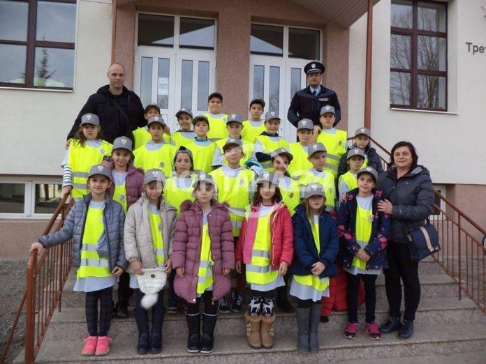 Деца ще работят като полицаи в Берковица