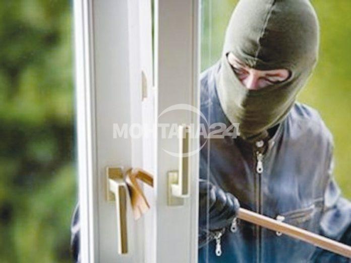 Две домови кражби през последното денонощие