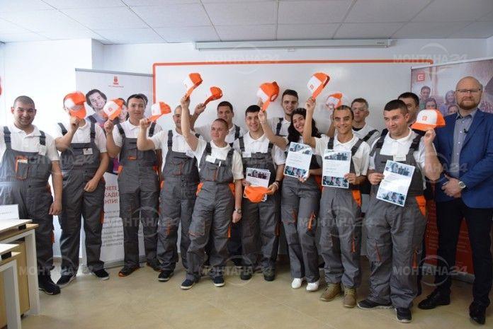 Шестима ученици получиха стипендията на ЧЕЗ