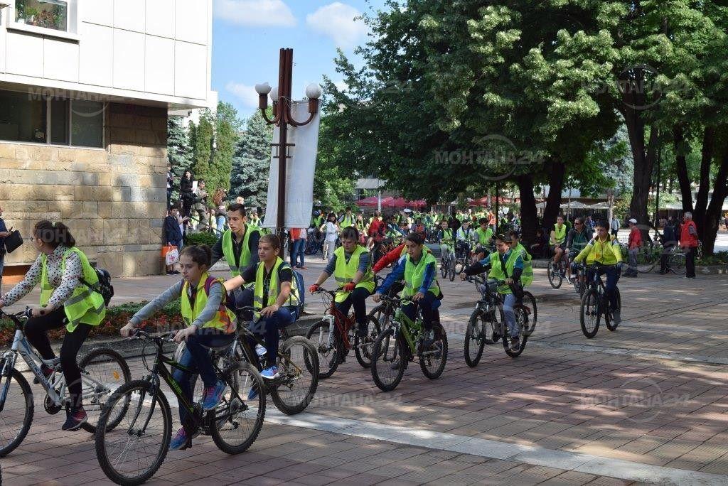 Колоездачи от Монтана се включиха в отбелязването на седмицата по пътна безопасност