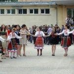 Езиковата гимназия изпрати своите абитуриенти