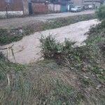 Проливен дъжд заля Ерден, мазета и дворове са наводнени