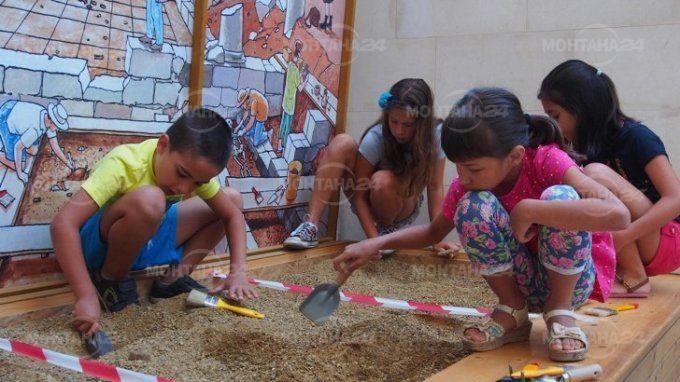 Учебни занятия ще има в музеи и галерии
