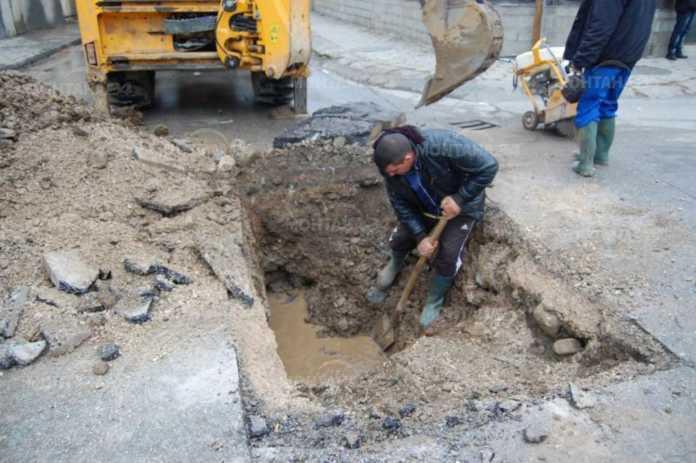 Министерството на регионалното развитие и благоустройството /МРРБ/ ще финансира с още 2,7 млн. лв. ремонтни дейности по водопроводната мрежа в Лом