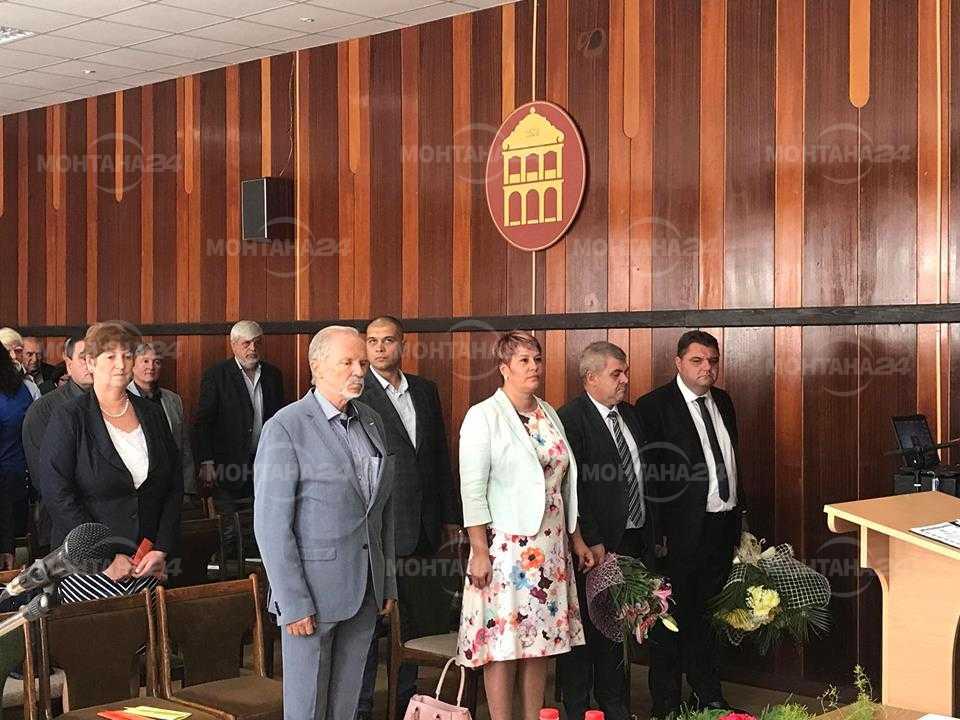 Депутатите от ГЕРБ присъстваха на тържестваната сесия в Лом