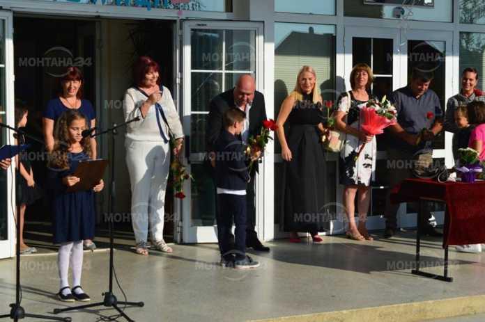 Кметът на Вършец посрещна лично 66 първокласници