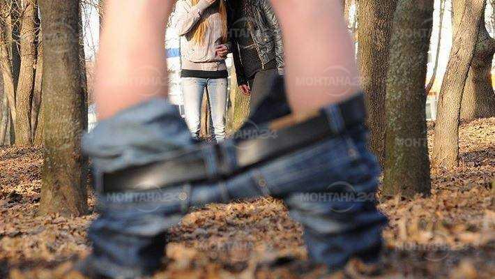 Мъж се самозадоволявал пред две момичета в парк в Монтана