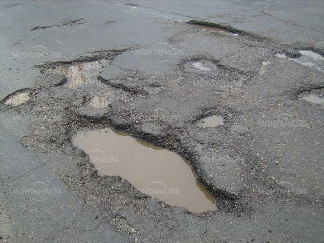 Обявиха на кои пътища стартира ремонт още в понеделник