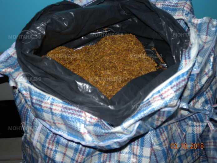 Хванаха жена с 13 кг незаконен тютюн