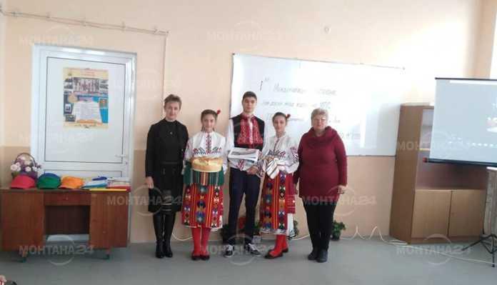 Ученици от Владимирово и Лом мериха сили в училищно състезание