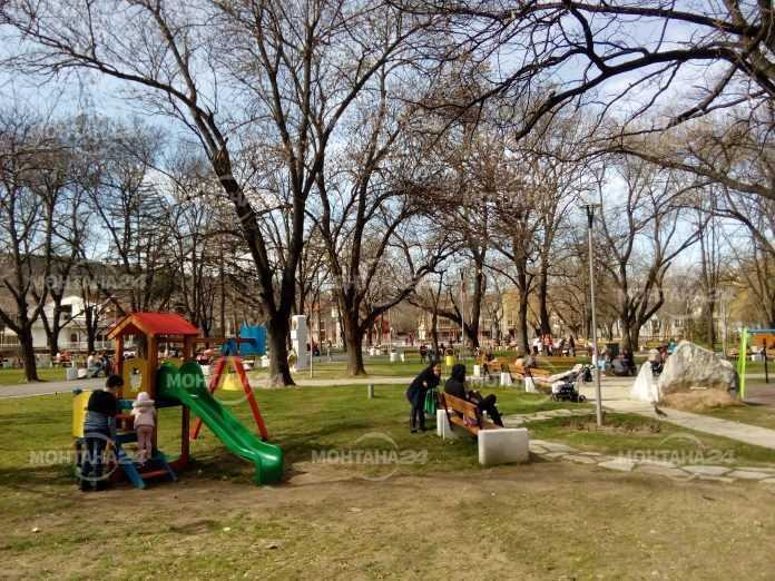 """Община Монтана изпълни успешно проект """"Обновяване на паркове, зелени пространства и улици"""""""
