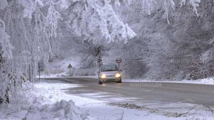 Предупреждение за сряда! Шофьорите да са подготвени за зимни условия