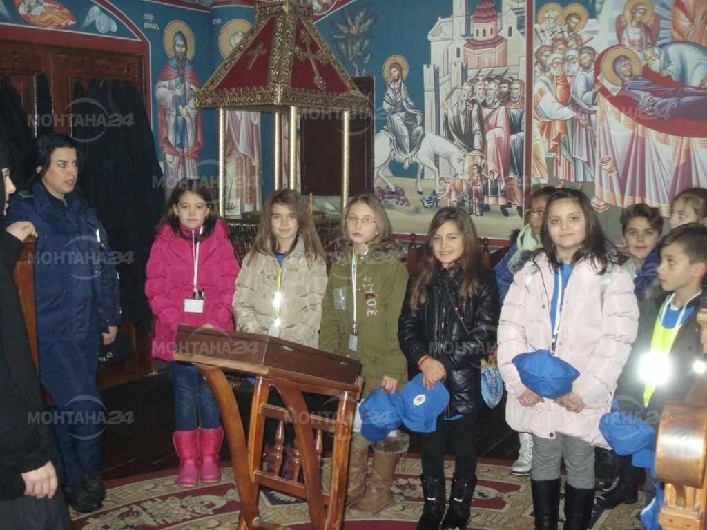 """Малки """"полицаи"""" посетиха Клисурския манастир"""