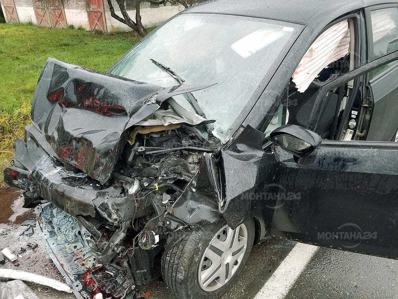 19-годишен се заби в крайпътни дървета край Горно Церовене