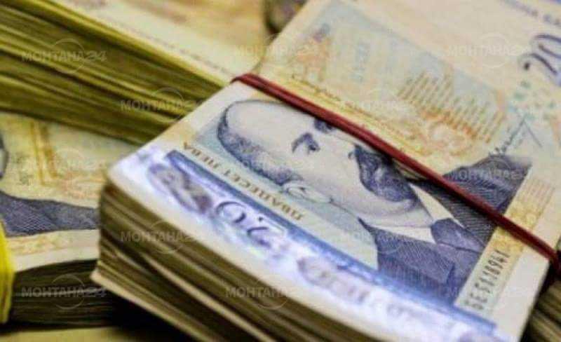 Крадец отмъкна голяма сума пари зашити в дюшек