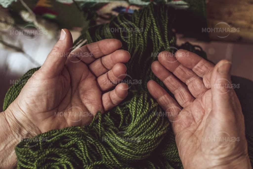 """""""Ръцете на килимарката"""""""
