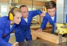 Отбелязват 110 години професионално обучение в Монтана
