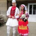 Абитуриенти с народни носии станаха №1 на бал в Монтана