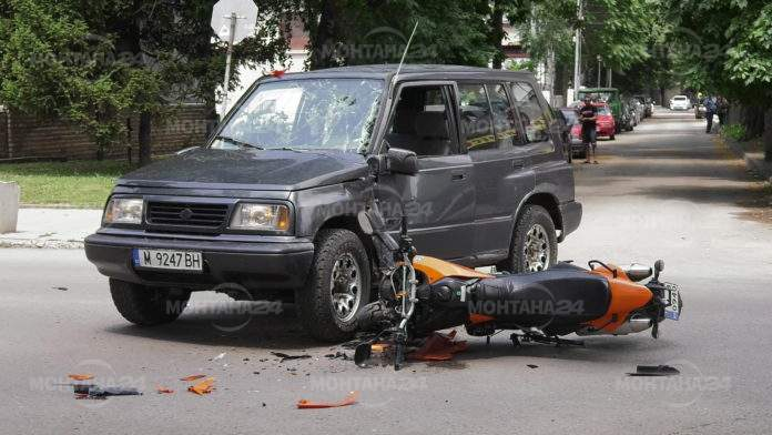 Катастрофа между джип и мотоциклет