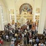 Монтана посрещна празника си в нов храм, посветен на Свети Дух