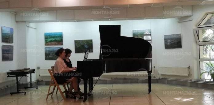 Музикални таланти от ОШИ с концерт в Художествената галерия