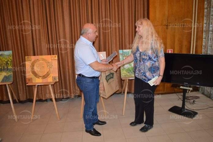 Кметът на Вършец награди поети в литературен конкурс