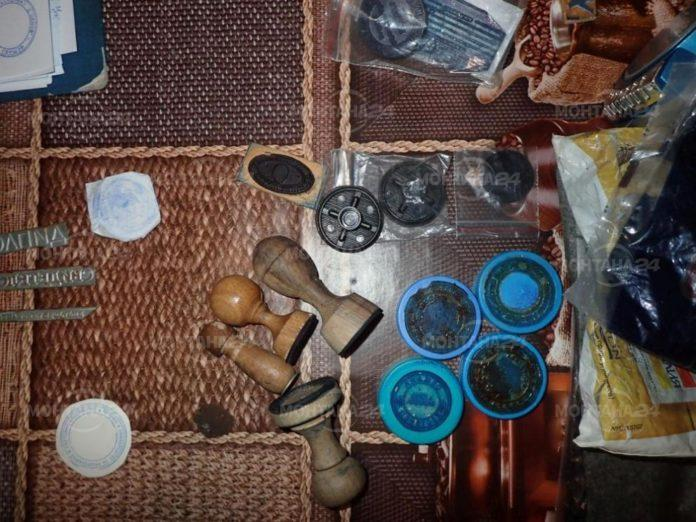 Разбиха незаконна печатница за шофьорски книжки в Лом