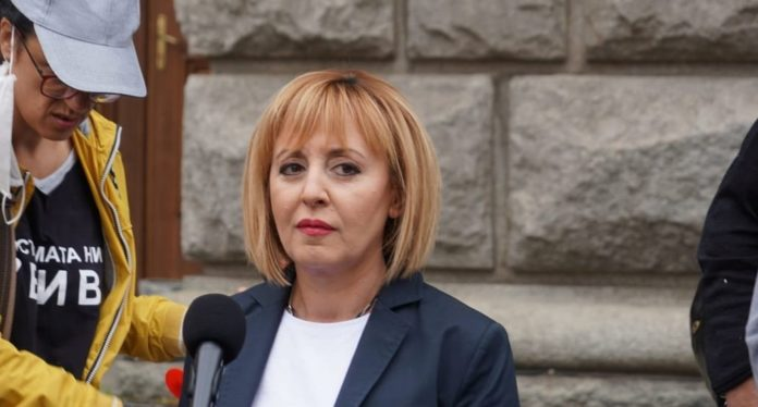Мая Манолова ще се срещне с граждани в Монтана