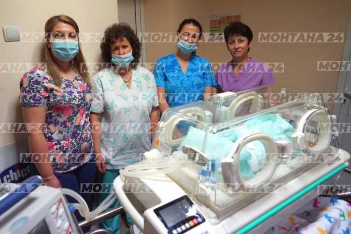 Деца дариха дълго чакан транспортен кувьоз на болницата в Монтана